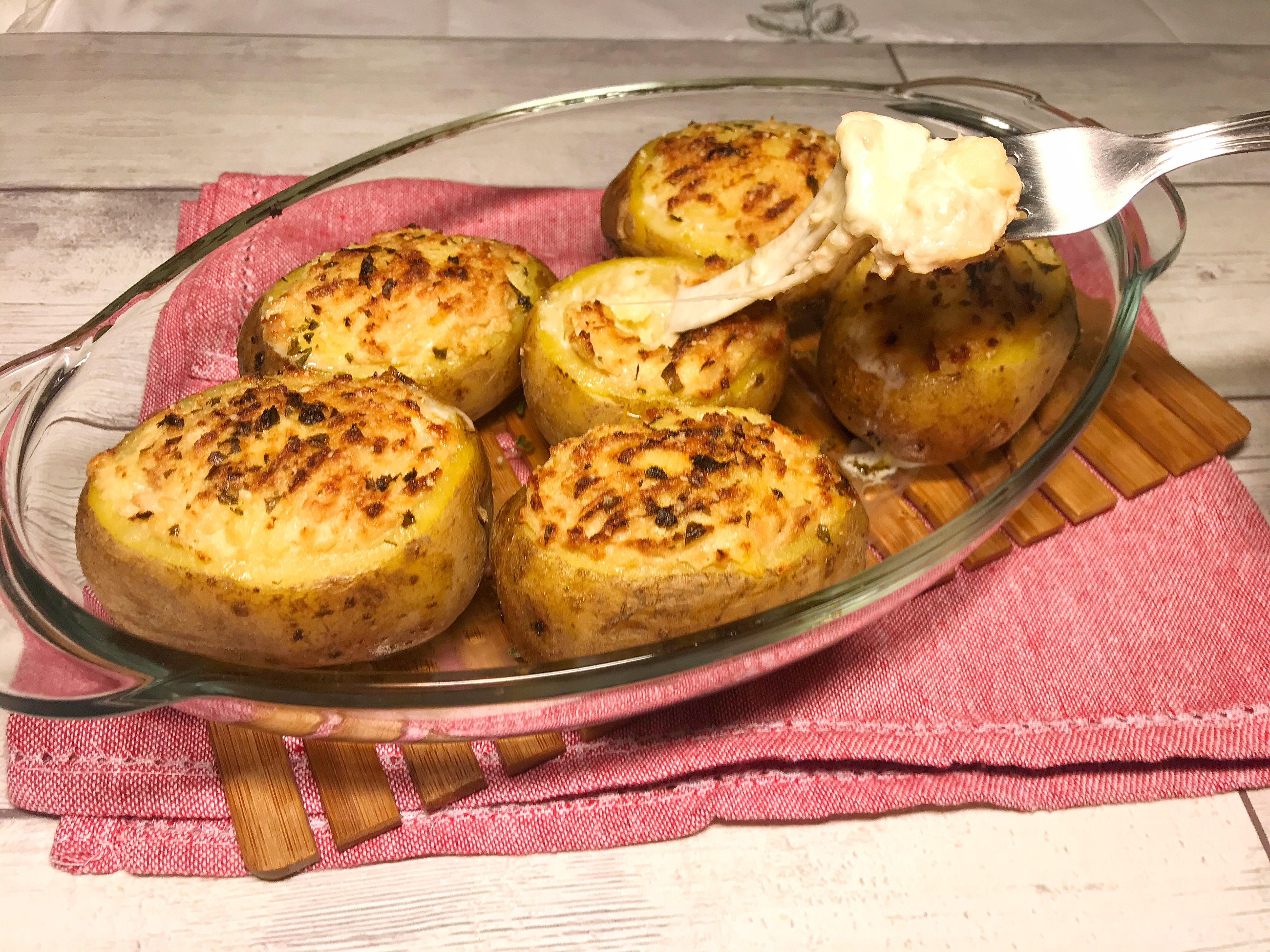 Patate ripiene di Tonno e Mozzarella